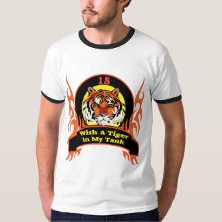 18èmes cadeaux d'anniversaire de tigre tee-shirts