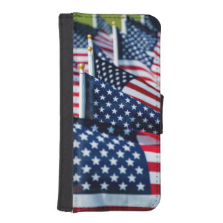 400 flags waving proudly in a field iPhone 5 wallet case
