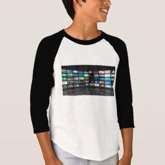 Concept de technologie de production de télévision tshirts