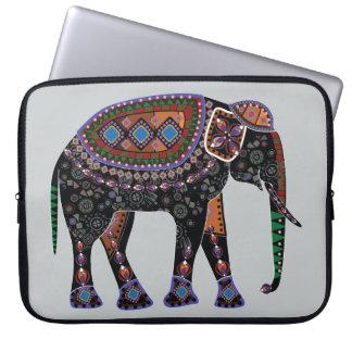 Éléphant fleuri housse ordinateur portable