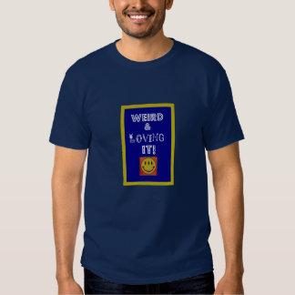 Étrange et l'aimant T-shirt (hommes moyens)
