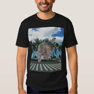 Hawaii Waikiki Beach Turtle T-shirt