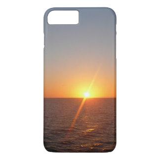 Lever de soleil au beau paysage marin de la mer coque iPhone 7 plus