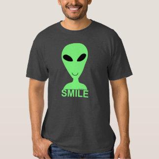 Petit SOURIRE d'hommes verts d'amusement ! Pièce T Shirts