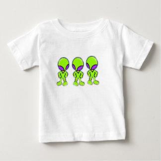Petits hommes verts d'aliens tshirt