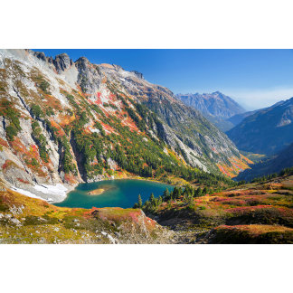 USA, Washington State. Doubtful Lake