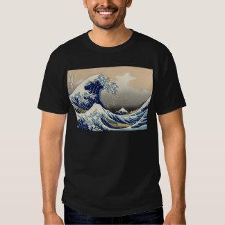 The Great Wave off Kanagawa Tshirts