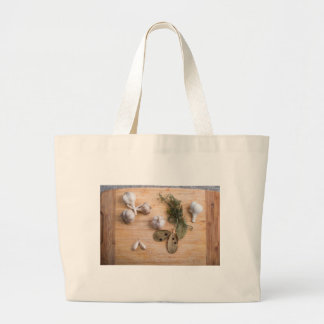 Top view of the garlic and dried spices jumbo tote bag