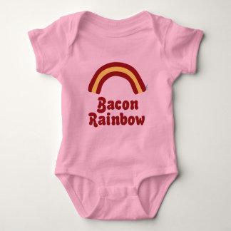Vêtements de bébé d'arc-en-ciel de lard t-shirt