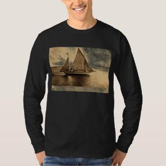 Yachting on Lake Erie, Buffalo NY 1909 vintage Tees