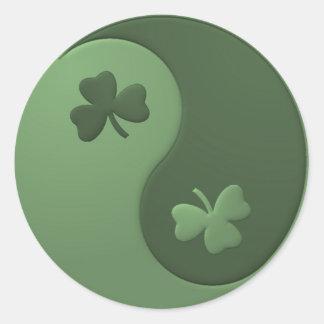 Yin Yang Shamrocks Round Sticker